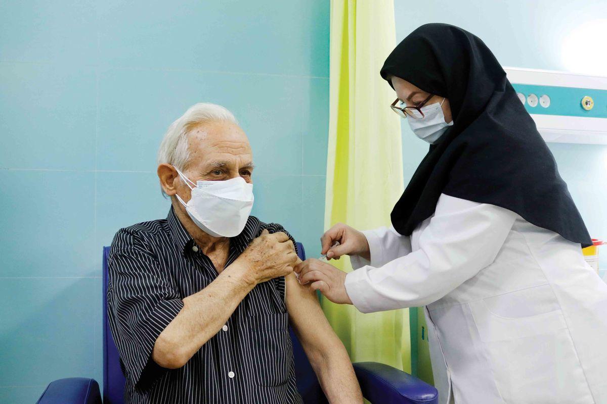 سیر نزولی کرونا در آذربایجان شرقی/ بستانآباد در صدر بیشترین میزان واکسیناسیون